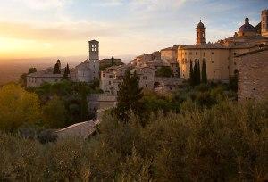assisi-borgo-tramonto